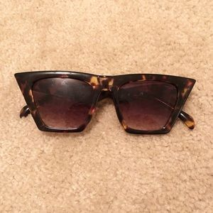 Hailey Flat Top Sunglasses-Tortoise
